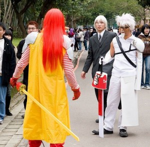 Colonel vs Ronald Fast Food Battle - KFC Vs McDonalds